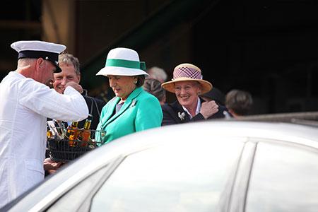 Lehnsgaard | Hendes Majestæt Dronningen august 2017